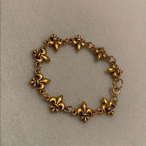 Cute bracelet with brass clasp
